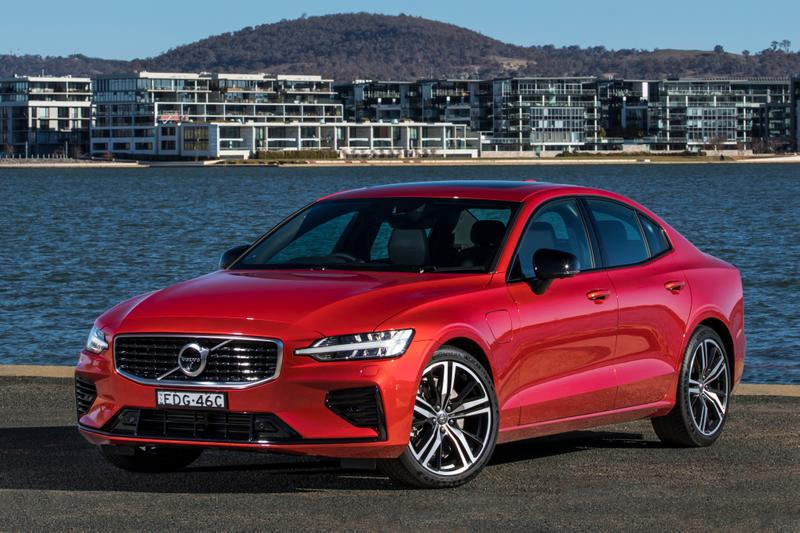2020 volvo s60 r-design review